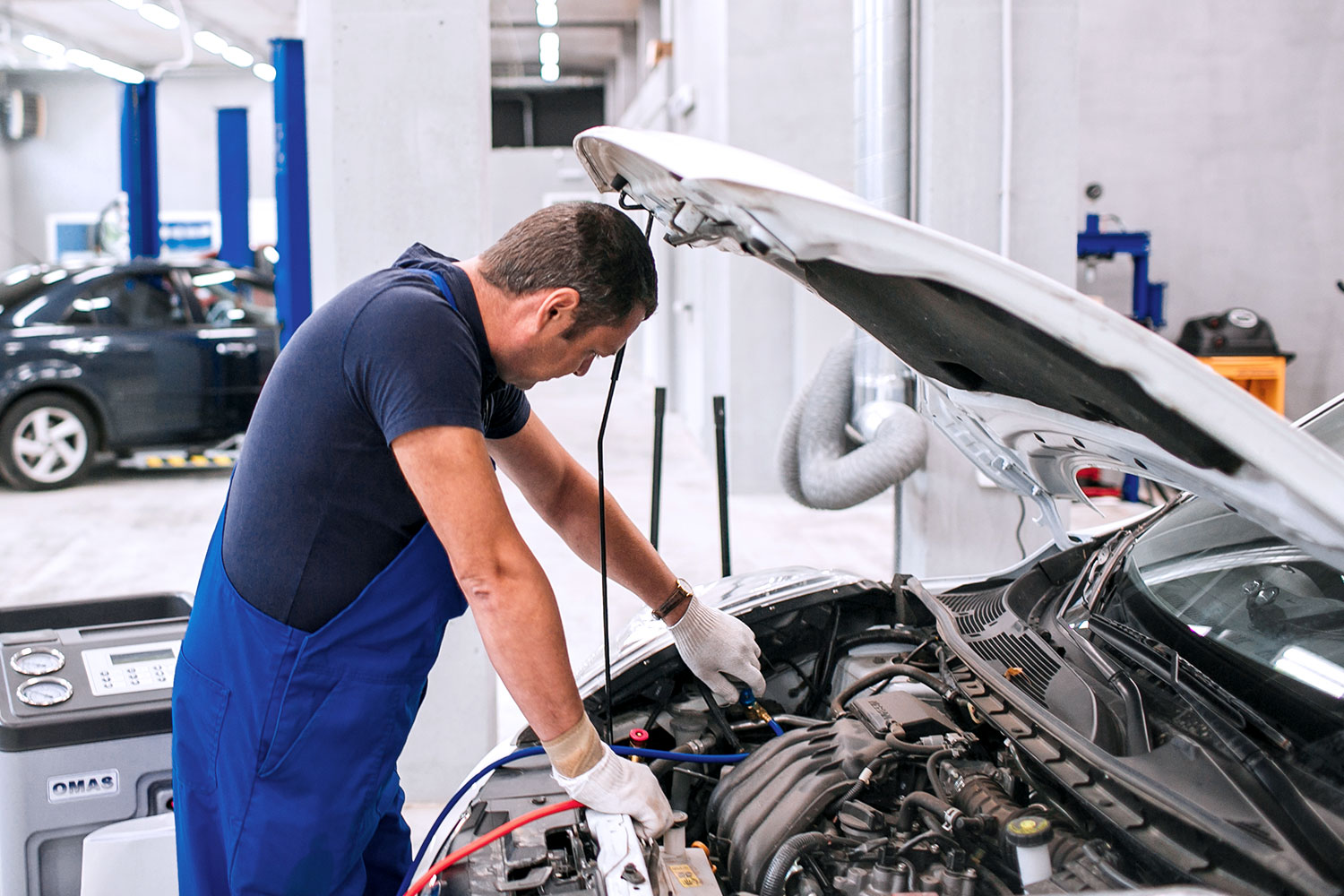 Citroen and Peugeot car mechanics and technicians to work in Norway